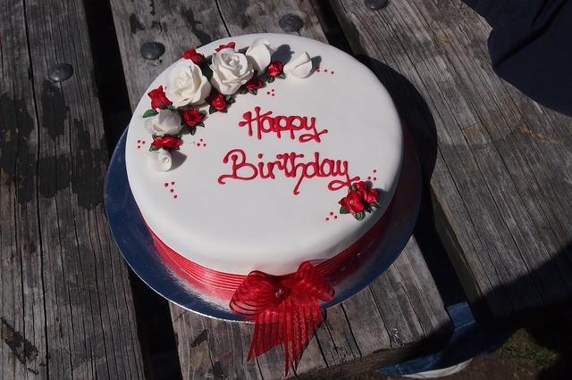 Comment écrire sur un gâteau