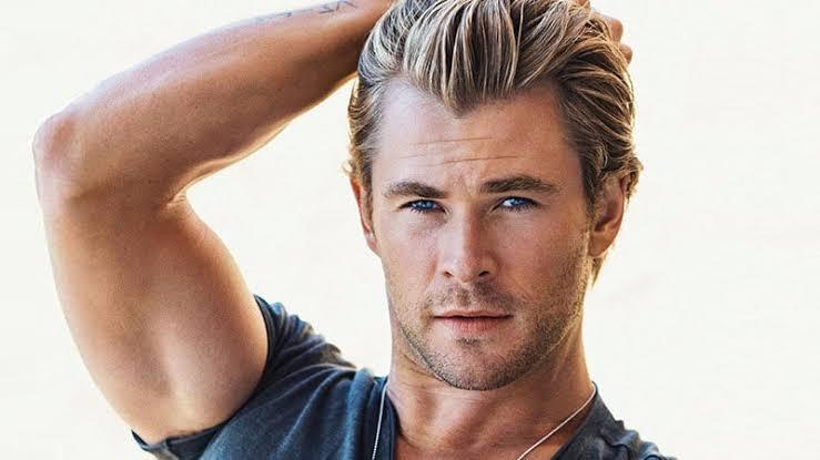 homme avec teinture blonde 4